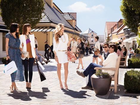 Bicester Village Shopping Express™
