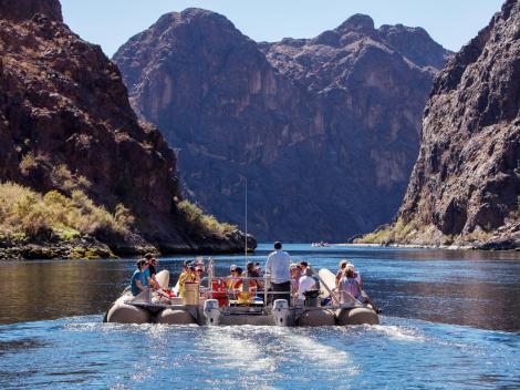 Grand Canyon Helicopter Tour & Black Canyon Rafting