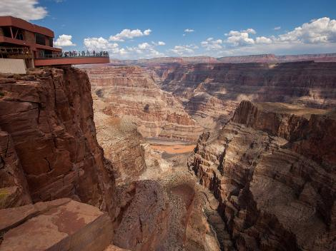 Attractions G45963 Activities Las Vegas Nevada in addition D684 2280SKYEX furthermore D684 2280SKYEX further Attractions G45963 Activities Las Vegas Nevada besides D684 2280SKYEX. on grand canyon skywalk express helicopter tour