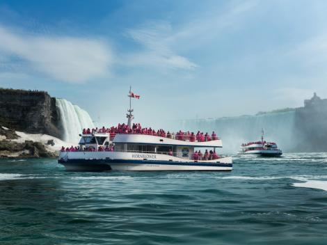 Niagara Falls Day Trip by Air