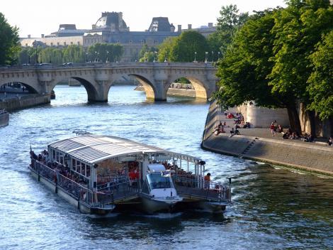 Paris Sightseeing Cruise