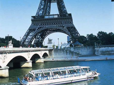 River Seine Hop On Hop Off Sightseeing Cruise