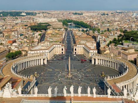 Skip the line Vatican Museums & St. Peter's Basilica Tour