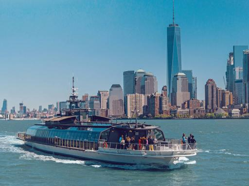 Bateaux New York Sightseeing Lunch Cruise