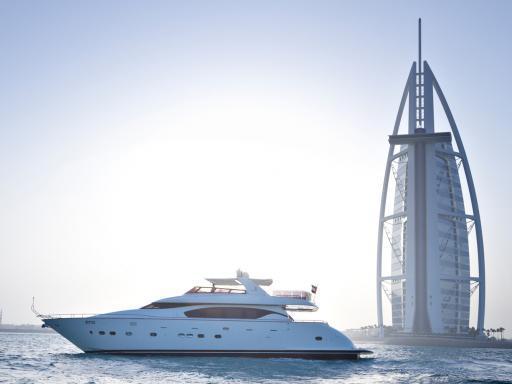 Dubai Marina Luxury Yacht Share Cruise