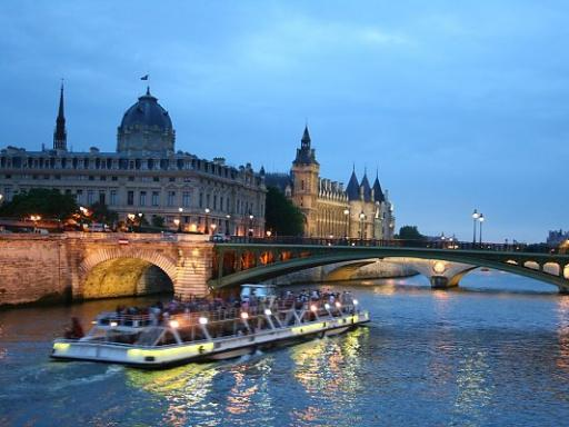 Eiffel Tower Dinner Seine River Cruise And The Moulin Rouge