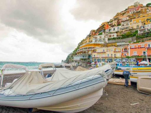 Small Group: Pompeii Tour from Rome with Amalfi Coast Drive
