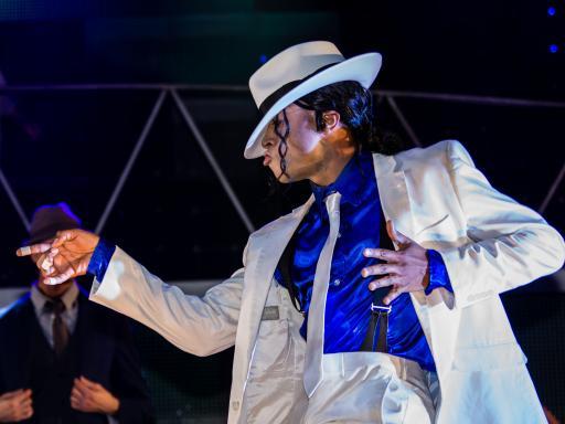 West End Shows - Thriller Live
