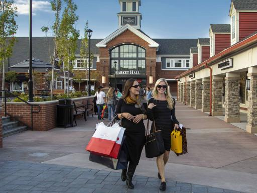 Woodbury Common Shopping with Scheduled Departure