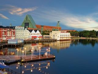 5 Reasons to Love Disney's Boardwalk Inn