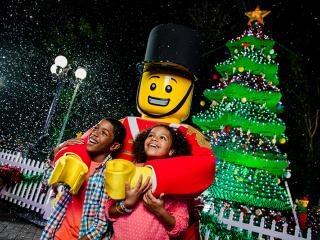 Christmas Bricktacular Starts at LEGOLAND Florida Festive fun at LEGOLAND Florid