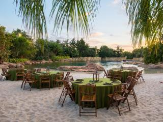 An Evening In Paradise By ATD's Florida Experts, Susan and Simon Veness