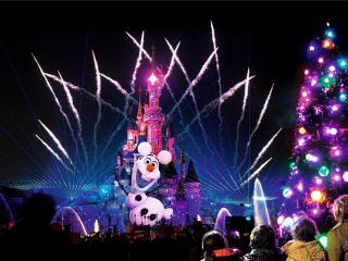 10 Reasons to Visit Disneyland Paris