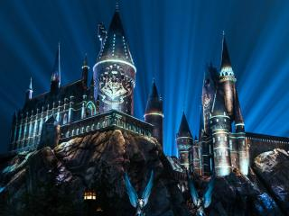 New Nighttime Light Show Coming to The Wizarding World of Harry Potter