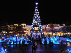 disney's enchanted christmas disneyland paris