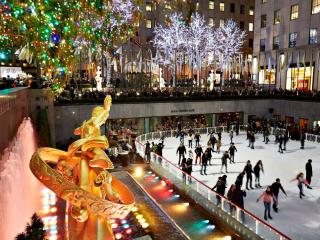 Go Ice Skating at the Rockefeller Center This Christmas!