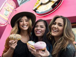 Voodoo Doughnut Coming to Universal CityWalk!