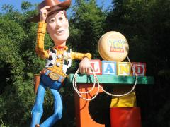 Toy Story Land: To Infinity And Beyond!