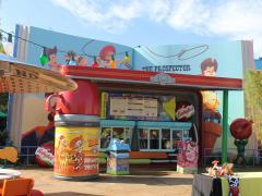 Woody's Lunch Box: A Taste of Toy Story Land By ATD's Florida Experts, Susan and Simon Veness
