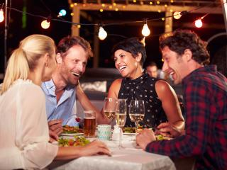Free New York Dine 4 Less Card with all New York Bookings
