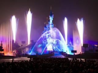 4 days for the price of 3 Disneyland® Paris Hopper Ticket