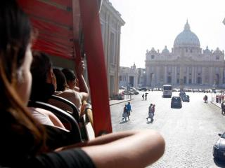 Rome Hop-on Hop-off bus and St Peter's Basilica