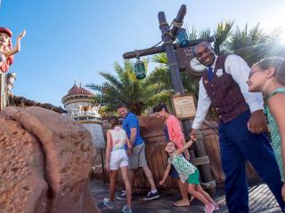 Disney VIP Tour