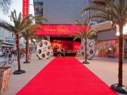 "Madame Tussauds Hollywood ""Meet"" Hollywood's celebrities under one roof!"