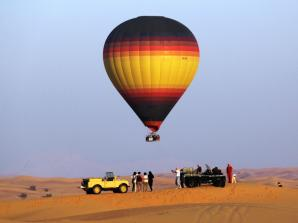 Dubai Hot Air Balloon Flight with Breakfast Safari