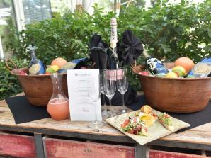 Lip Smacking Boozy Brunch - Foodie Tour