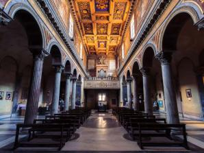 Small Group: Crypts, Bones & Catacombs - Underground Tour of Rome